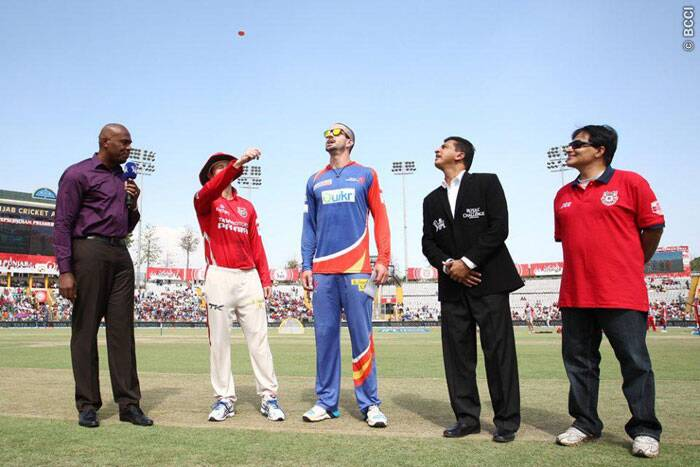 In the last league game for both the teams, Kings XI Punjab faced Delhi Daredevils in Mohali on Sunday. George Bailey won the toss and invited Delhi to bat first. (Source: BCCI/IPL)