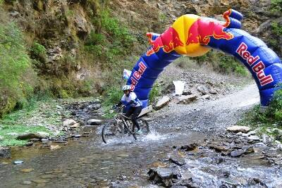 Vamini Sethi crossing the Red Bull checkpoint on Day 1. (Picture: HASTPA)