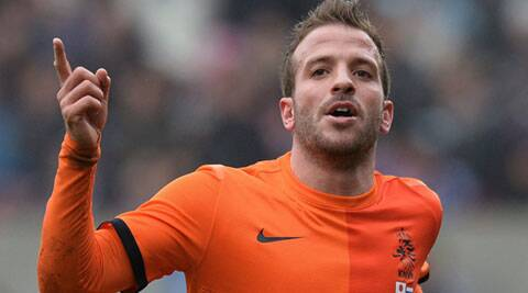 Veteran Netherlands midfielder Rafael van der Vaart will miss the World Cup after injuring a calf muscle in his right leg. (Source: AP)