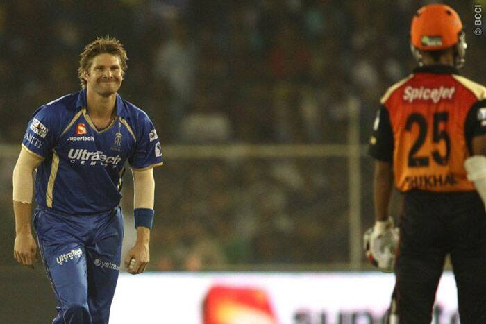 Shane Watson drew the first blood for Rajasthan dismissing Shilkhar Dhawan. Watson went on to take a hat-trick, second of this IPL and finished with figures of 3/13 off two overs. (Photo: BCCI/IPL)
