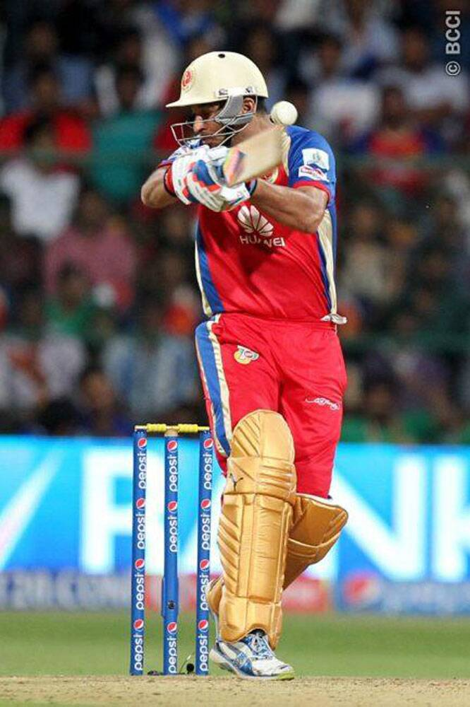 IPL 7: AB De Villers seals an emphatic victory for RCB
