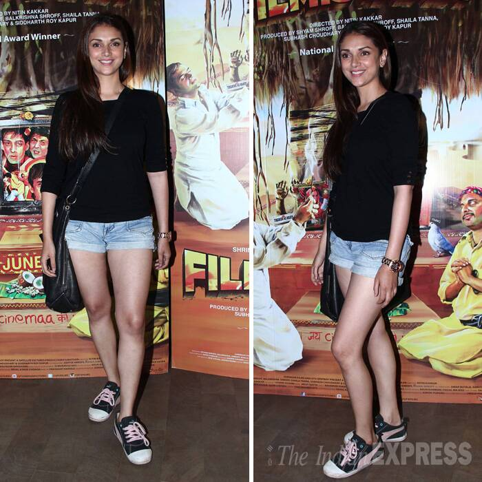 'Murder 3' beauty Aditi Rao Hydari showed off her legs in a denims shirts and a black top. (Source: Varinder Chawla)