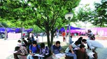 DU popular with foreign students, 2,000 seek admission thisyear