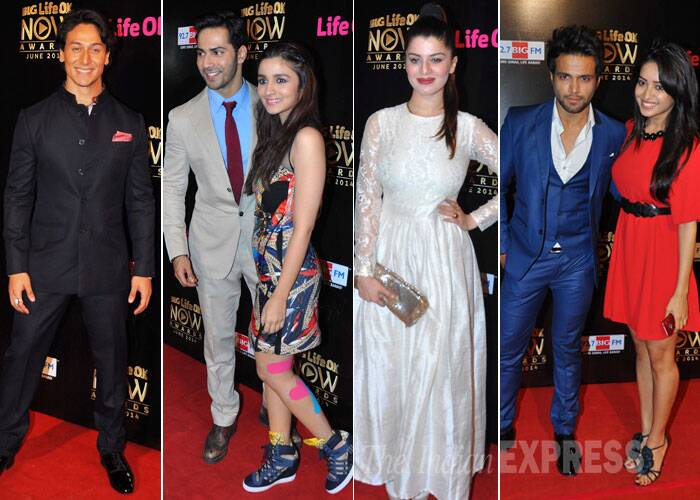 Bollywood's young brigade Alia Bhatt, Varun Dhawan, Tiger Shroff and Kainaat Arora were all dressed up as they attended a television channel award show in  on Monday (June 23).  (Source: Varinder Chawla)
