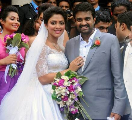 South actress Amala Paul marries filmmaker Vijay