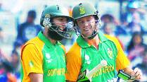 AB, Amla frontrunners to fill Smith's shoes