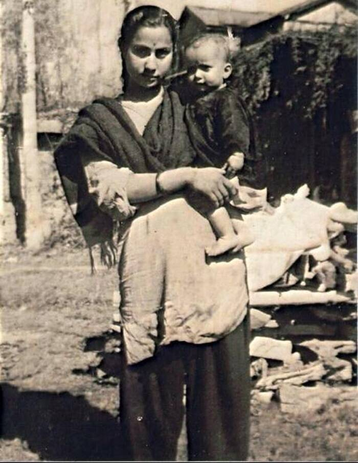 Here's a blast from the past that will get your thinking hat on. The toddler in the photo is one of the most celebrated actors in the film fraternity. The tech savvy actor has won hearts as a happy-go-lucky character and had given heart wrenching performances in exceptional films. This actor is married to an actor-politician. Can you guess who is he? Click ahead to know the 'big' guy.