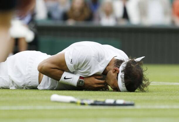 Rafael Nadal finds his feet on grass