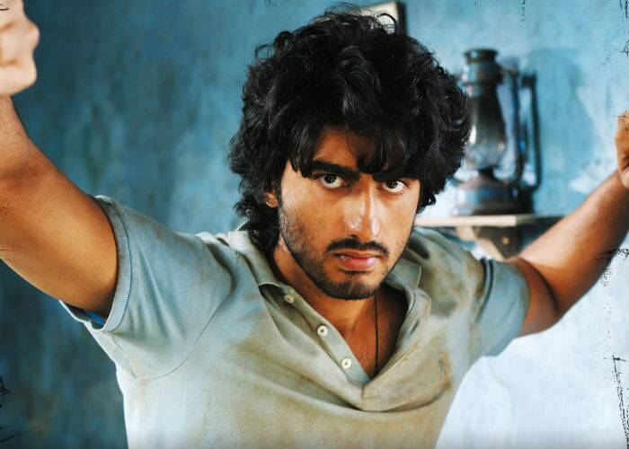 After the success of 'Ishaqzaade', Arjun then appeared in Atul Sabharwal's action thriller 'Aurangzeb' along with Prithviraj, Sasha Agha and Rishi Kapoor. Even though the film had a disappointing run at the Box Office, Arjun's efforts were ell received. His double role was said to be a treat for fans.