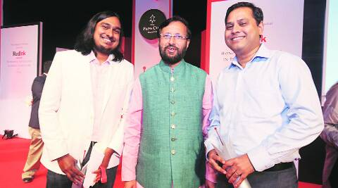 Bharat Sundaresan (L) and Zeeshan Shaikh with Prakash Javdekar at the awards on Saturday. (Source: Express photo)