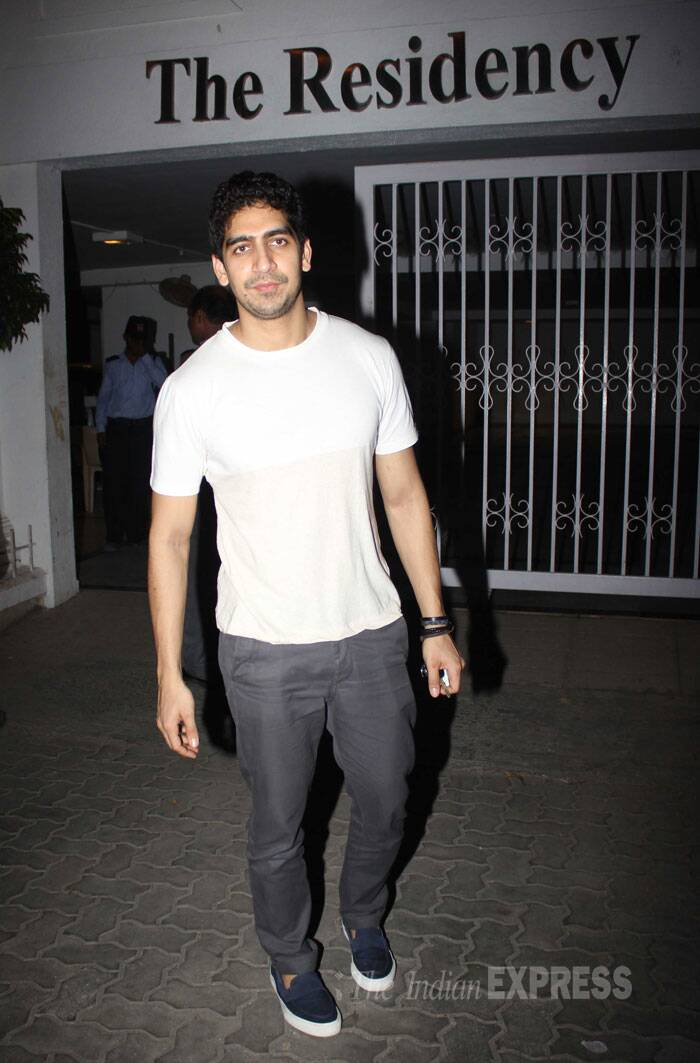 Ranbir Kapoor, Katrina Kaif, Arjun-Alia party hard with Karan Johar