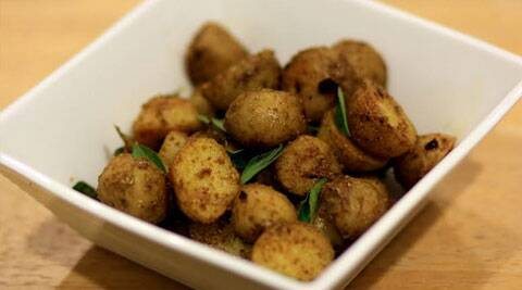 Masala baby potatoes: Enjoy this snack with tea.