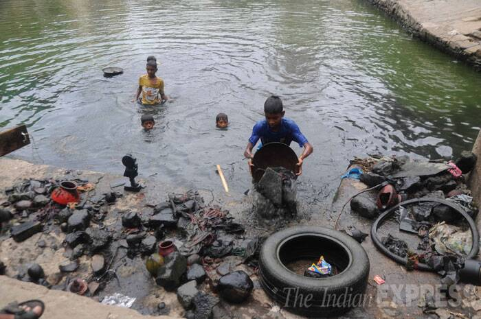 However, the low water level in the Banganga has made it difficult to perform final rites here now. (Source: Express photo)