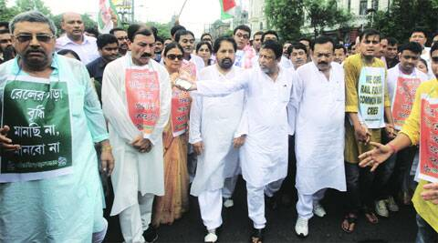 TMC leaders Kalyan Banerjee, Prasun Banerjee, Kakoli Ghosh Dastidar, Sudip Bandhyopadhay, Mukul Roy, state minister Arup Biswas along with others during a protest rally in Kolkata on Monday.(Source: Express photo by Partha Paul)