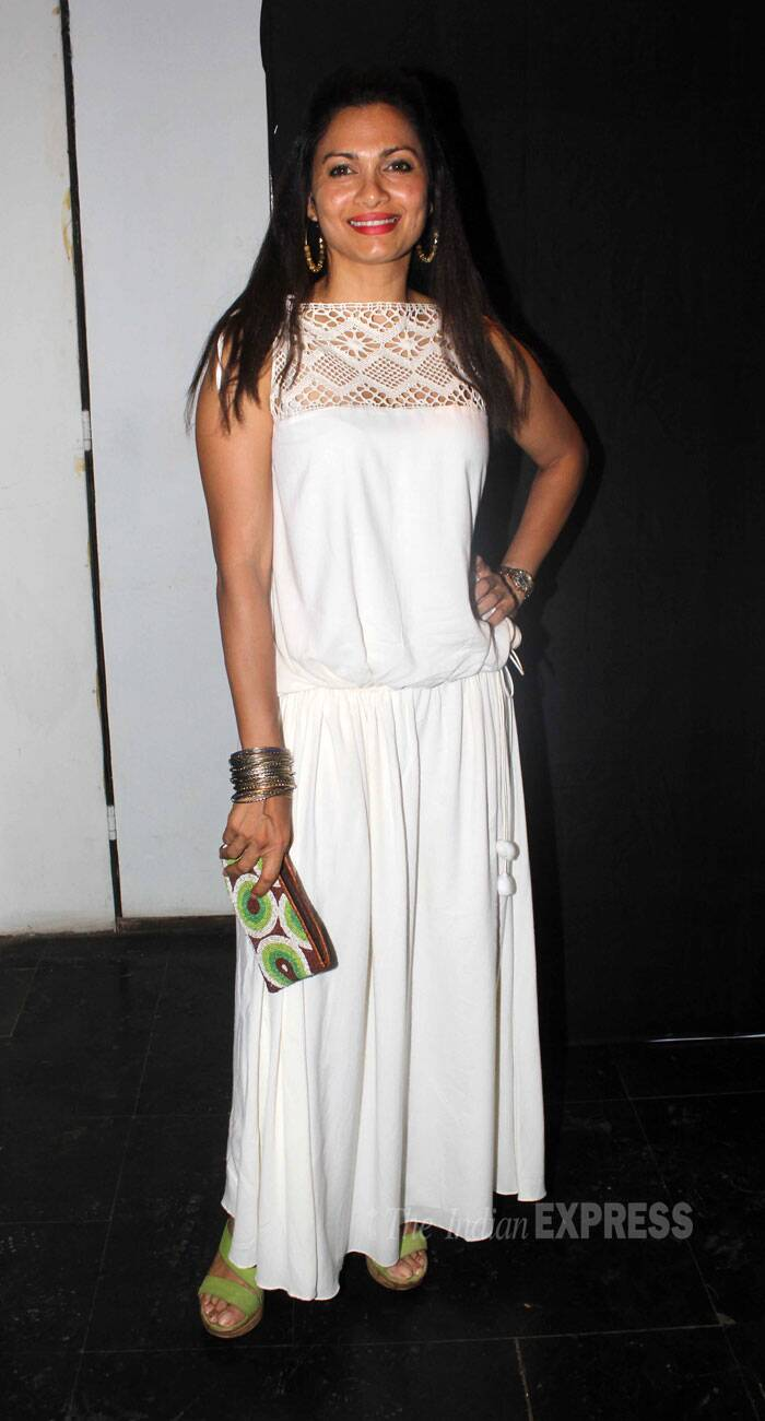 Former VJ Maria Goretti nailed the bohemian look with this comfortable white number that she paired with lime green wedges, a matching clutch and bangles. The pop of colour on her lips also worked beautifully.