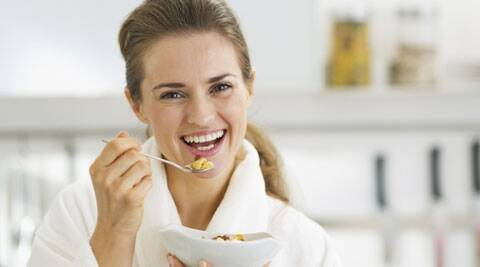A serving of instant oatmeal is more filling than a ready-to-eat (RTE), oat-based cereal, a new research shows. Source: Thinkstock Images
