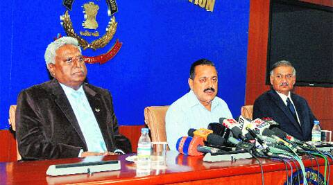 CBI Director Ranjit Sinha (L)  and Jitendra Singh (C), MoS for Personnel, Public Grievances and Pensions, at a press conference at the CBI headquarters in New Delhi on Saturday. (PTI )