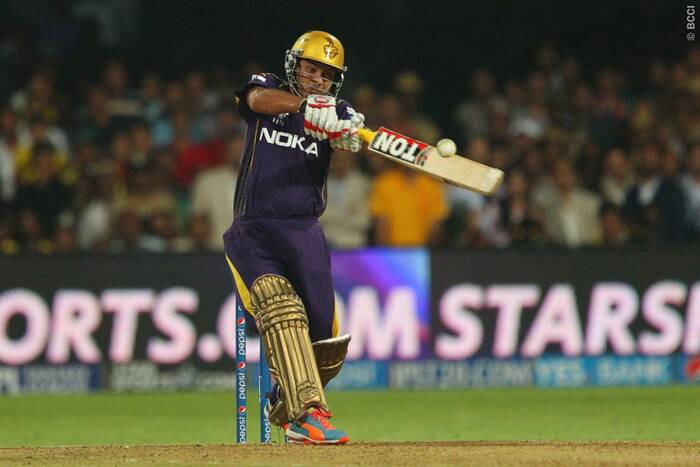 Piyush Chawla, with Sunil Narine, had the task in hand to take their team home. With 11 needed of seven balls, Piyush Chawla pulled Mitchell Johnson over fine-leg for an all important six and turned the match on its head. (Source: BCCI/IPL)