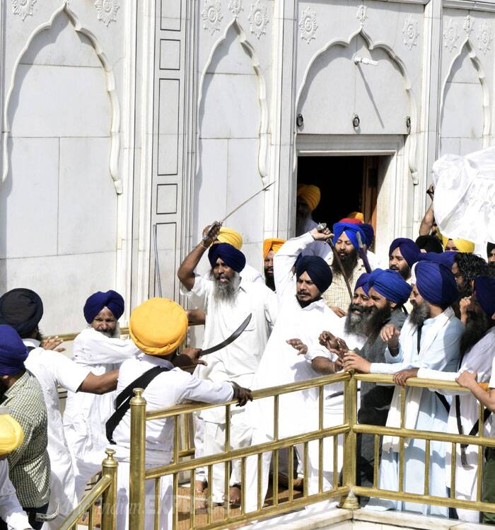 Mann was prevented from delivering the speech following which a clash broke out between SAD (Amritsar) activists and Shiromani Gurdwara Parbhandhak Committee (SGPC) task force.  With both sides pulling out  swords five persons were injured in the melee. (Source: Express photo by Rana Simranjit Singh)