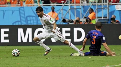 Costa won a penalty in the 26th-minute that Xabi Alonso converted a minute later to give Spain its lone bright moment of the match. (Source: AP)
