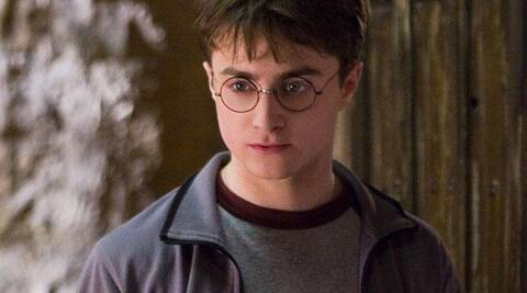 Daniel Radcliffe has revealed that he turned to alcohol when he was filming the 'Harry Potter' franchise.