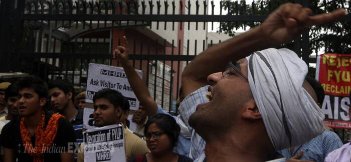 Students stage protest outside HRD Ministry against DU's FYUP
