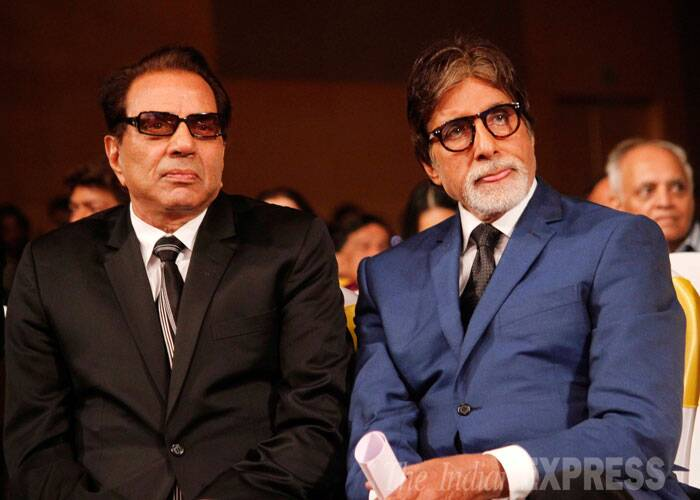 Jai and Veeru together - Dharmendra and Amitabh Bachchan look very serious.  (Source: Varinder Chawla)