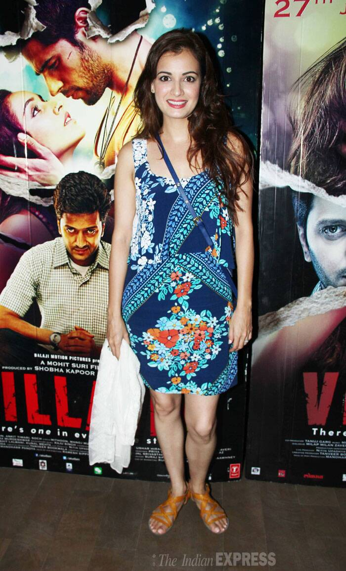 Producer Dia Mirza, who is gearing up for the release of her film 'Bobby Jasoos', was pretty in a printed dress and tan sandals. (Source: Varinder Chawla)