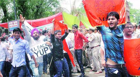 Police used water cannons on anti-FYUP protesters outside the Vice-Chancellor's office on Saturday.  (Source: PTI)