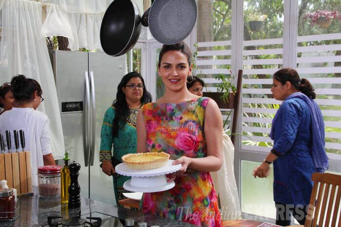 In another part of the city, Esha Deol attended a food show. (Source: Varinder Chawla)