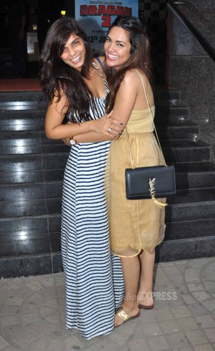 Tamannaah, Esha party hard with mom-to-be Genelia, her hubby Riteish