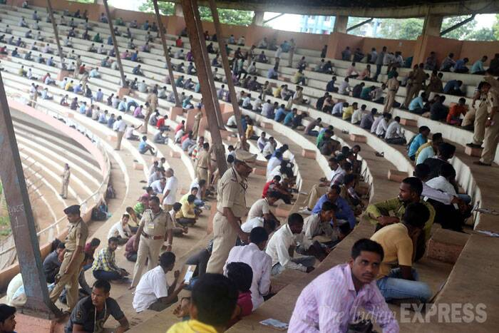 Candidates from all over Maharashtra appeared for railway police recruitment exam at Dadoji Konddev stadium in Thane on Wednesday. (Source: Express photo by Deepak Joshi)