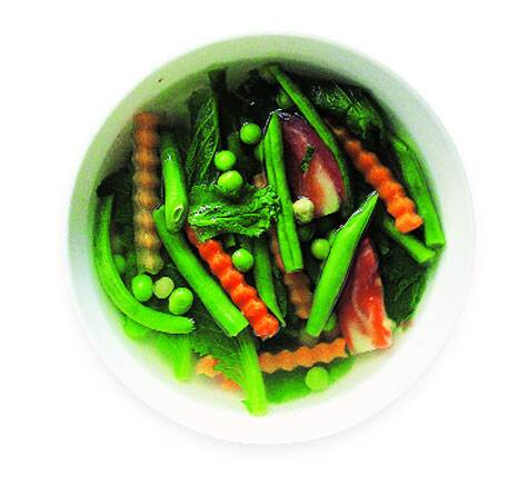 Steamed vegetables with Naga herbs