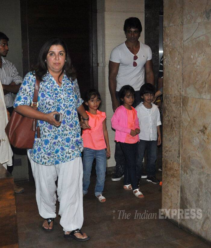 Director Farah Khan arrives to watch brother Sajid's film with her three kids in tow – Czar, Anya and Diva. Farah had tweeted that she was nervous ahead of the release of her brother Sajid Khan's movie. (Source: Varinder Chawla)