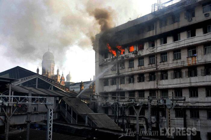 Major fire broke at Mumbai CST station