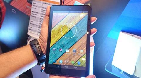 The tablet has a thickness of 9.2 mm and weighs just 285 grams - 10 per cent thinner than others in the class.