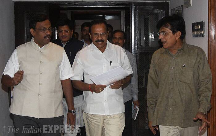 BJP and Shiv Sena MPs meet Railway Minister Sadananda Gowda