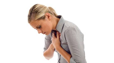 Heart attacks kill younger women faster than men