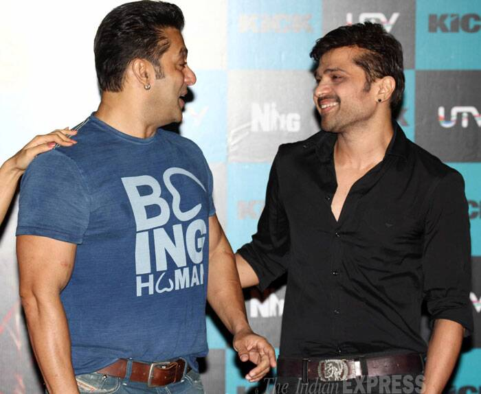 "Himesh and Salman chat while they take the stage. At the launch of 'Jumme Ki Raat', Salman revealed that the other songs of the film will be out soon. <br /> ""This song was ready, so we showed it to you all. We are also shooting for another song called 'Hangover..',"" he said. (Source: Varinder Chawla)"