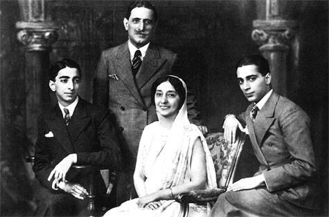 Bhabha (right) with his  parents and brother Jamshed   Courtesy: TIFR archive