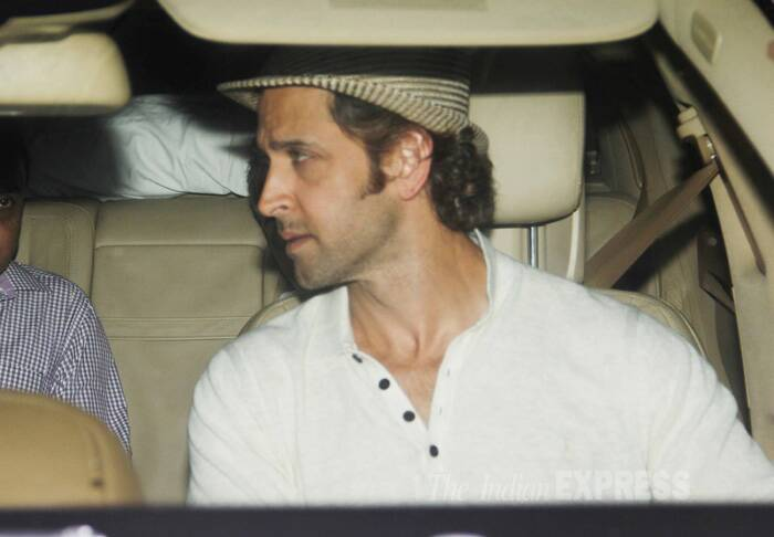 Hrithik was dressed in a linen cream colour shirt and had opted for a hat. (Source: Varinder Chawla)