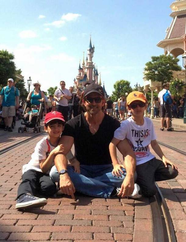 Hrithik Rohsan holidays with sons in Disneyland