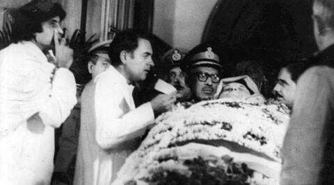 Rajiv Gandhi and actor Amitabh Bachchan beside the body of former Prime Minister Indira Gandhi.