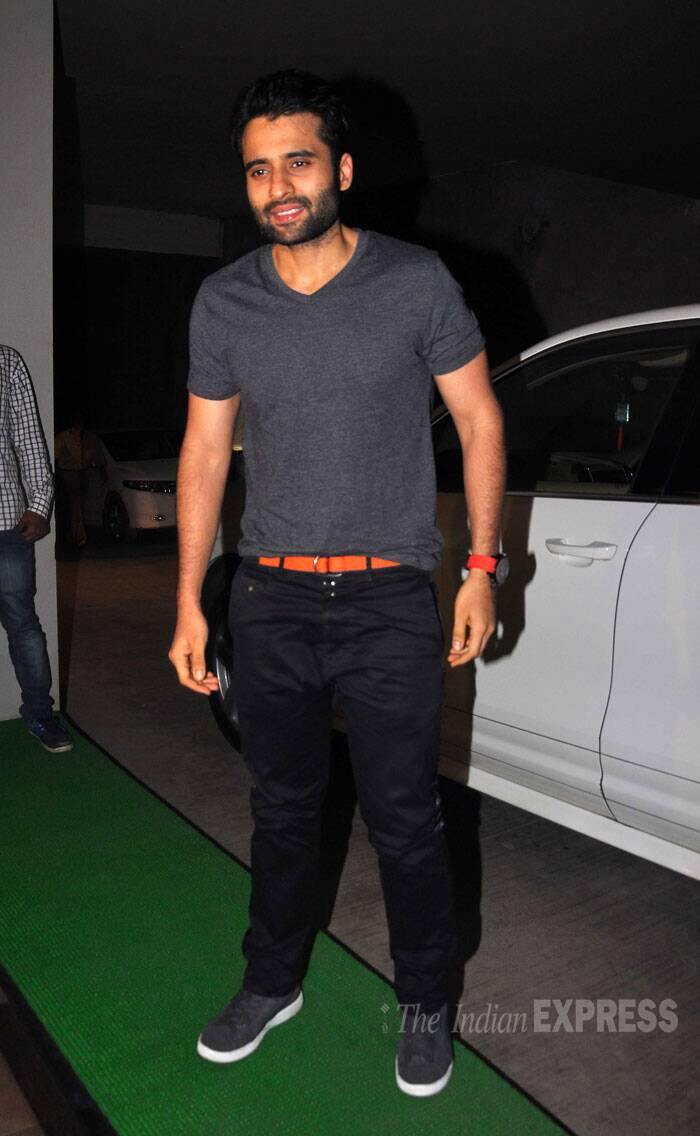 'Youngistaan' actor Jackky Bhagnani was cool in a grey tee shirt and black pants with a striking orange belt. (Source: Varinder Chawla)