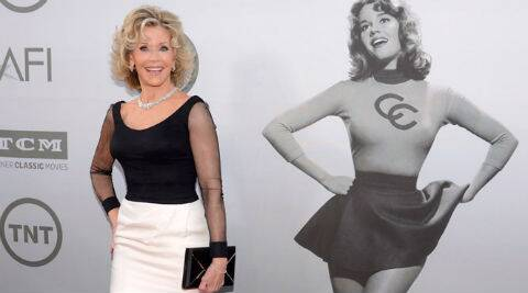 Jane Fonda was elegant in a black-and-white Vera Wang gown. (Source: AP)