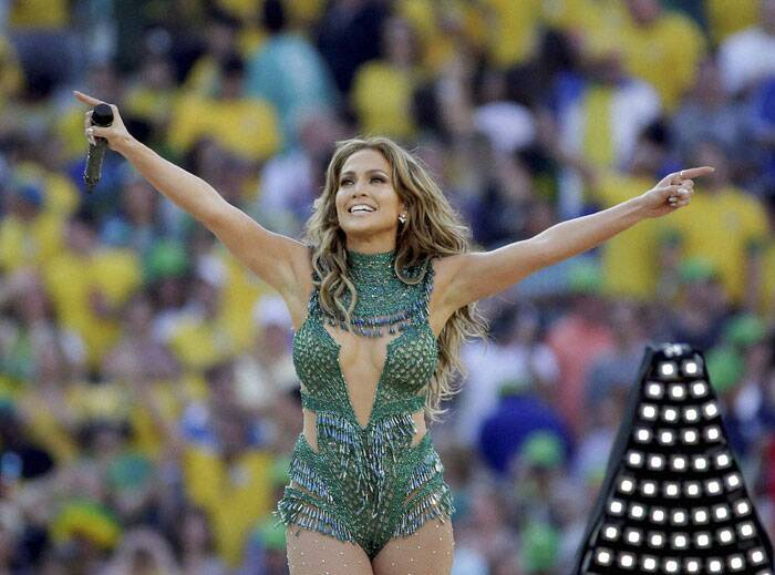 FIFA World Cup: JLo, Pitbull sizzle in Sao Paulo