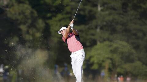 The early starters faced tougher conditions in the US Open third round on Saturday as runaway leader Martin Kaymer of Germany prepared for a late afternoon tee off. (Source: Reuters)