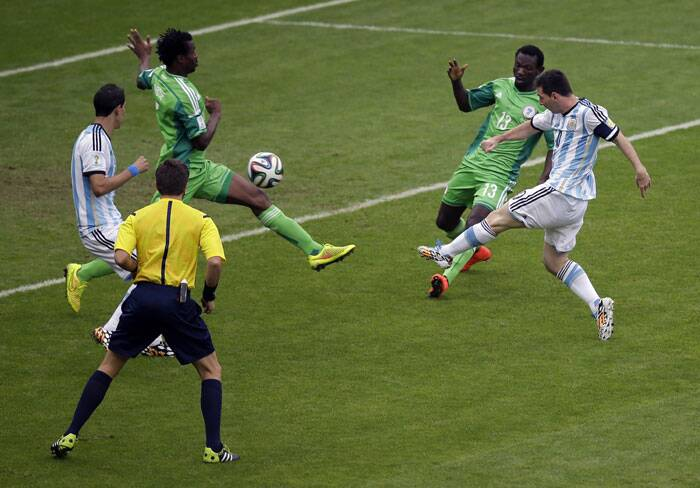 Argentina clashed with Nigeria in their final Group F match in Porto Alegre on Wednesday. Messi gave early advantage to Argentina with a stunning goal in the third minute of the match. (Source: AP)
