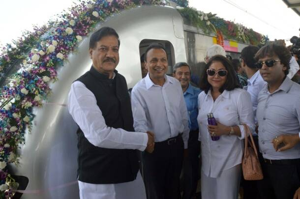Mumbai metro train gets on track, Prithviraj Chavan launches services