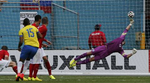 Miguel Arroyo unleashed a fierce right-foot drive in the 70th minute that gave goalkeeper Ben Foster no chance (Source: Reuters)